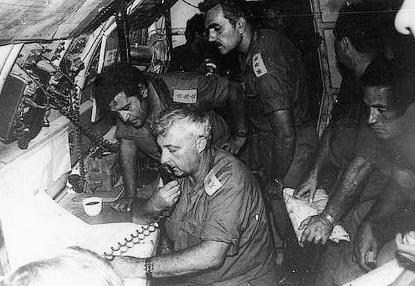 """7.10.73 ערב - בונקר חמ""""ל מפאו""""ג 143 ב""""טסה גדוד"""" - מפקדת אוגדה 143 מקבלת פיקוד על הגיזרה המרכזית"""