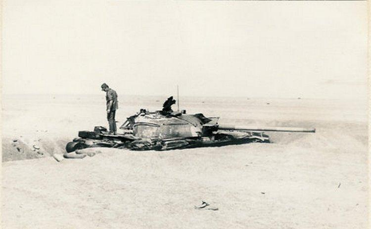 """טנק מצרי במחפורת - איזור """"טרטור"""" 43"""