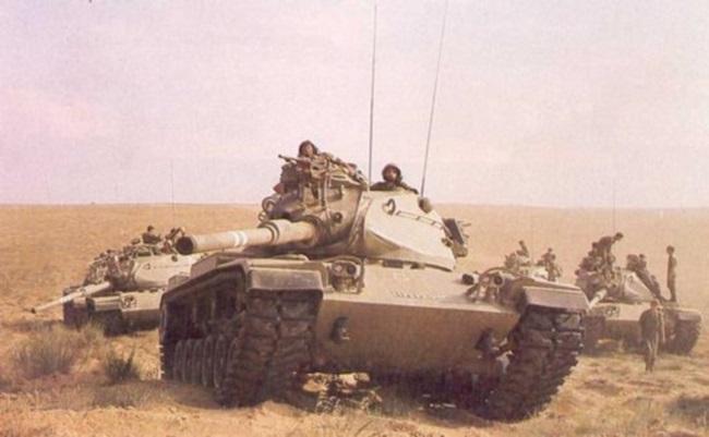 טנק מגח M60A1 מסדרת צ-817 בימים שבהם חי, לחם ובעט